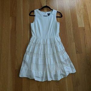 Ann Taylor 6P cream lace dress